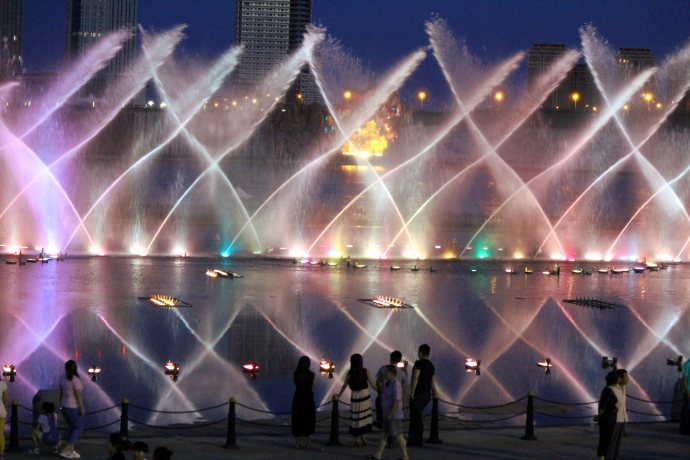 fountains at night 2