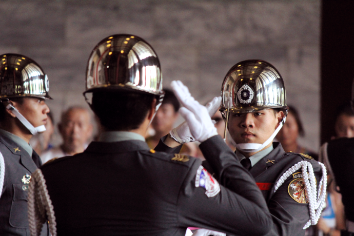 Soldiers saluting